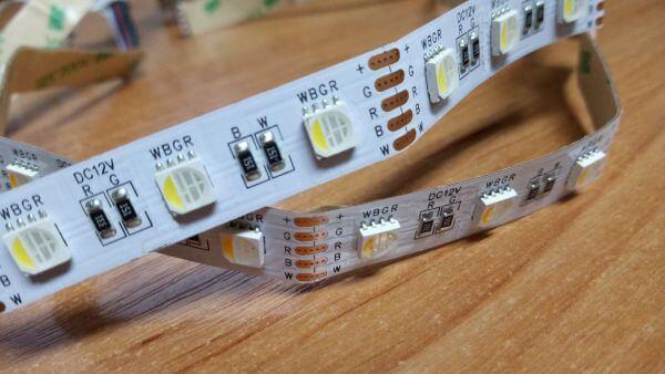Jak zamontować taśmę LED