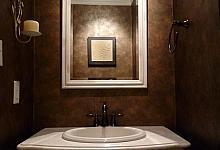 lustro łazienkowe ze sztukaterią