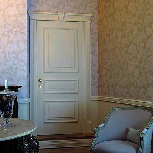 Eleganckie obramowanie drzwi